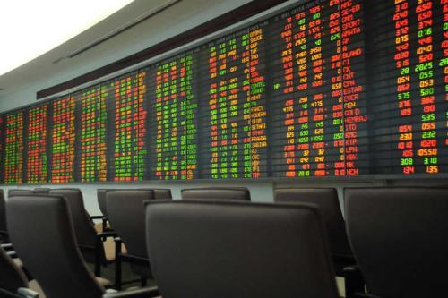 看涨和看跌市场的板块交易