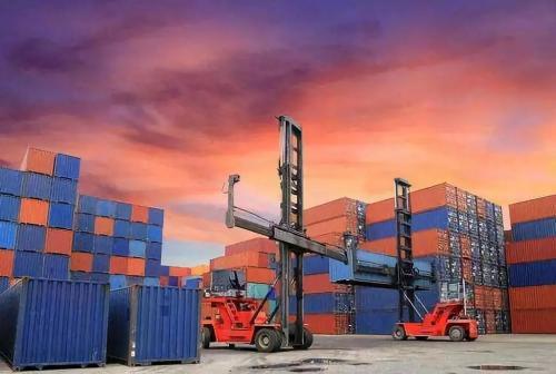 汽车制造商支持美国政府关于进口关税的报告
