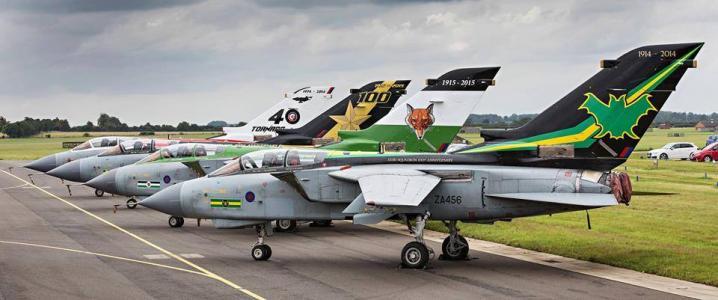 英国皇家空军龙卷风使最后一班飞机退役