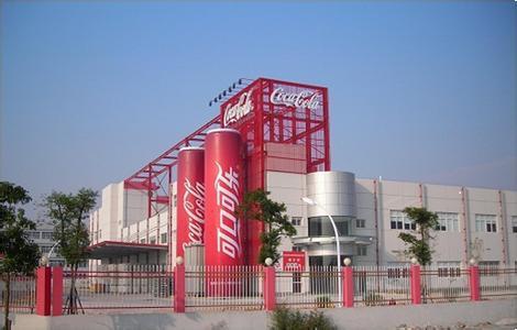 可口可乐公司表示 它每年生产330万吨塑料包装