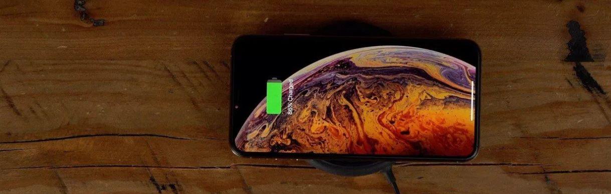 2019年iPhone配备更大的电池 以适应双边无线充电