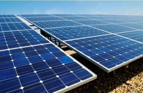 分层氧化钛的不同矿物形式 以获得更好的太阳能电池