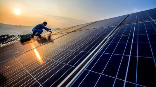 新材料有助于提高钙钛矿太阳能电池的性能