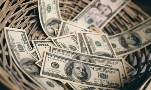 早盘卢比兑美元下跌7点至69.24