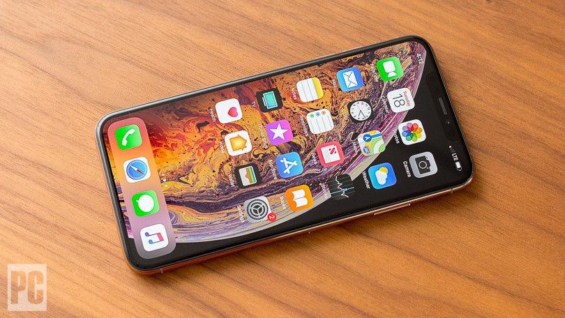 泄漏的表壳模具显示方形iPhone相机凹凸