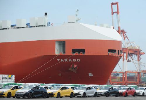 由于特朗普的贸易政策威胁到经济前景日本出口再次下降