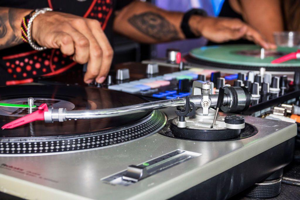 Glitch正在以3000万美元的A轮融资将混音文化重新带回网络