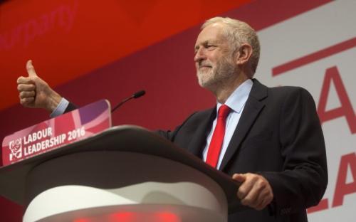 工党敦促政府再次停止机器人债务