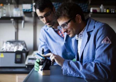 DNA折纸在纳米机器的新兴领域崭露头角