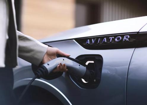 2020年林肯Aviator插电式混合动力首次试驾回
