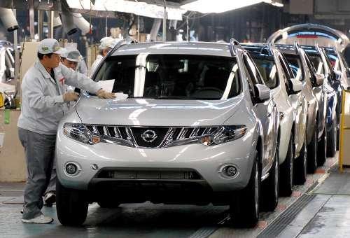 日本汽车制造商专注于本国市场
