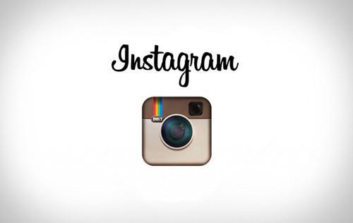 Instagram推出了暗模式选项这是最新的主要应用程序