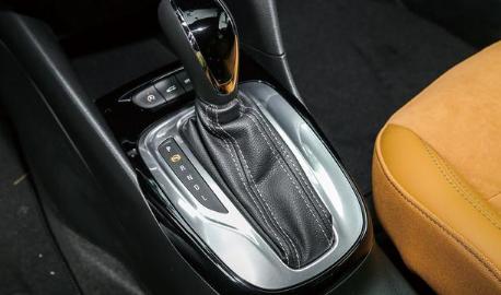 评测2018全新凯越CVT无级变速箱好不好及海马S5的5挡手动变速箱怎么样
