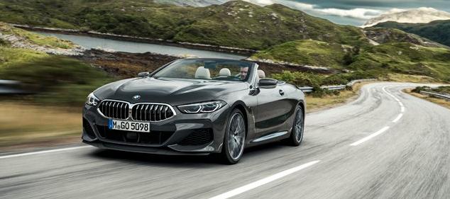 全新的BMW 8系敞篷车将超跑车的驾驶性能