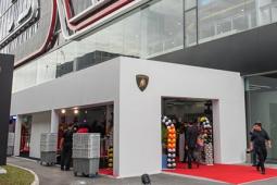 兰博基尼在新加坡主要汽车带开设新展厅