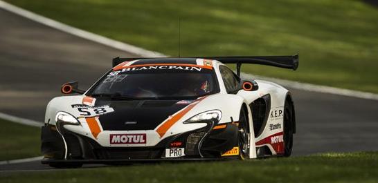 迈凯轮GT工厂车手罗伯 贝尔领衔宝珀GT冠军