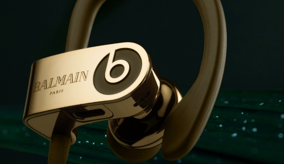 Apple和Balmain推出Beats特别版耳机