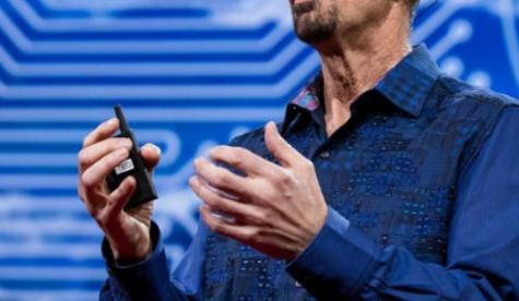 苹果高管谈使用AI增强人类记忆力