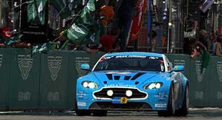 阿斯顿马丁V12 Vantage在纽伯格林24小时夺冠