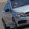 梅赛德斯奔驰的小型汽车袭击可能意味着CClass的销售统治结束