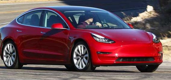 电动汽车在所有轻型汽车中的年度估计燃料成本最低