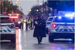 芝加哥一殡仪馆附近突发枪击事件 现场发现了约60个弹壳