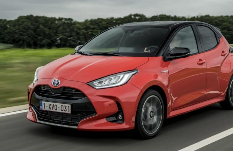新款2020 Toyota Yaris Supermini在英国的起价为19,910英镑