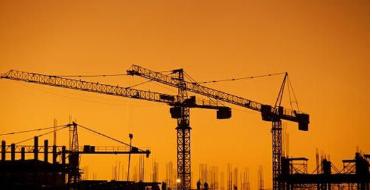 近期一些地方在城市更新改造中拆除具有保护价值的城市片区和建筑