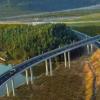 广东肇庆至佛山高明高速公路一期工程在肇庆市高要区大湾镇麦岭坪动工开建
