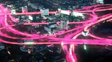 T-Mobile通过针对Verizon的新广告活动庆祝LTE成立1周年