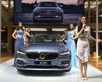 哈尔滨车展:沃尔沃S90亮相哈尔滨车展 预售价57万起