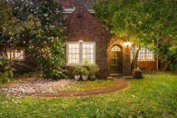 墨尔本私人销售布莱顿开发网站以260万澳元的价格出售看不见的土地