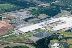 梅赛德斯-奔驰在阿拉巴马州建造价值20万美元的迈巴赫豪华SUV