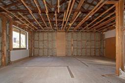 古特坎巴特房屋位于四分之一英亩地块售价为42.5万美元