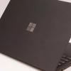 微软可能有可折叠的Surface在运行中运行Android应用
