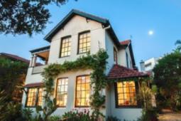 迈克尔布兰德从贝尔维尤希尔的房子中获得了530万澳元的投资