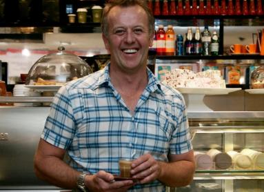名人大厨迈克尔摩尔以405万美元买下帕丁顿地标