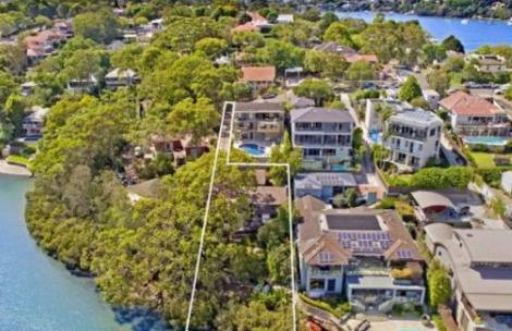 富豪榜克里斯蒂安贝克以400万美元的价格买下隔壁的房子