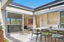 悉尼的三栋房屋已被建筑师转变为令人赞叹的设计师