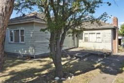 破旧的水库房屋比底价高出近100000美元