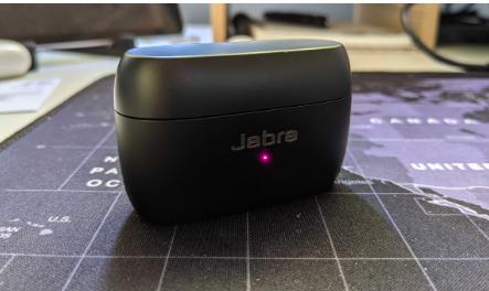 Alexa在最新固件更新中使用JabraElite85t耳塞
