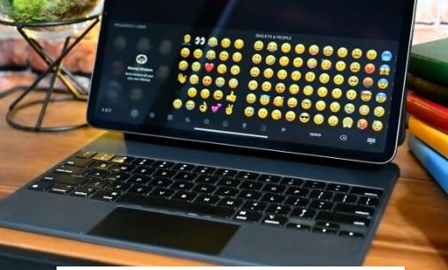 Magic Keyboard无法精确安装新的12.9英寸iPad Pro