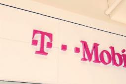 T-Mobile 为情人节提供 BOGO 优惠