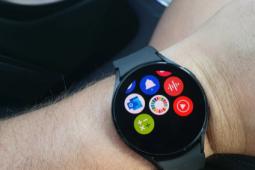 YouTube Music现在可用于Galaxy Watch 4