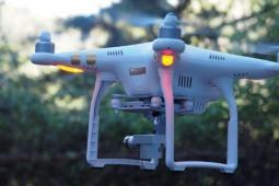DJI Phantom 3 Pro 无人机的道具评测